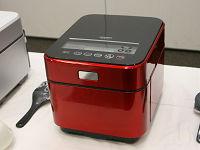 三菱、水冷システムで蒸気が出ないIH炊飯器