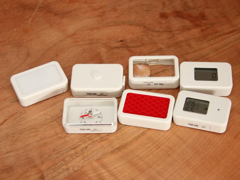 今回購入したのは7種類。左上から時計回りに、LEDライト